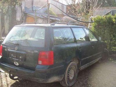 gebraucht VW Passat 1.9 TDI AFN 110PS Kombi / Family Van