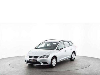 gebraucht Seat Leon ST Reference 1,2 TSI Kombi / Family Van,