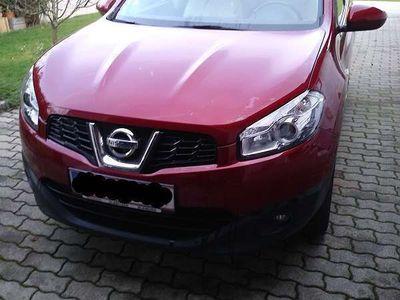 gebraucht Nissan Qashqai 2,0 16V Acenta 2WD CVT SUV / Geländewagen,