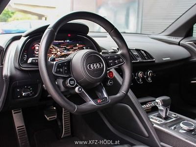 gebraucht Audi R8 Coupé plus 5,2 FSI quattro S-tronic Service & Reifen NEU