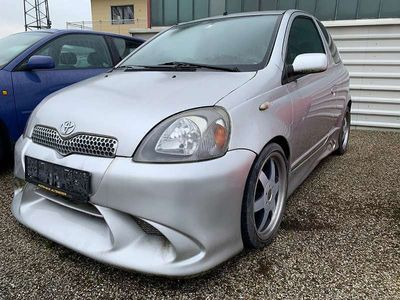 gebraucht Toyota Yaris 1,0 VVT-i Linea Luna Cool