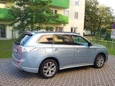 gebraucht Mitsubishi Outlander Instyle SUV / Geländewagen