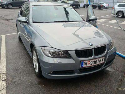 gebraucht BMW 325 3er-Reihe (E90) Österreich-Paket Aut.