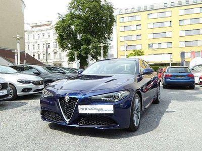 used Alfa Romeo Giulia Super 2,2 180 MT RWD Limousine,