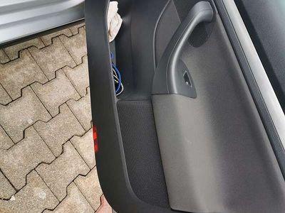 gebraucht VW Jetta 1,9 sportline TDI DPF Limousine Limousine