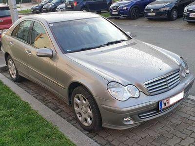 gebraucht Mercedes C200 Elegance CDI *AHK* *Tempomat*