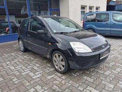 gebraucht Ford Fiesta Ambiente+ 13 8V
