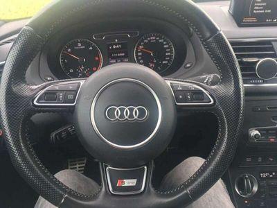 gebraucht Audi Q3 2,0 TDI DPF S-Line schwarz Edition