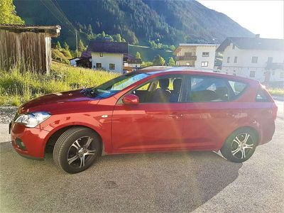 gebraucht Kia cee'd cee'dSW 1,4 CVVT Cool Navigator ISG Kombi / Family Van