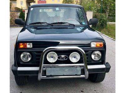 gebraucht Lada Taiga SUV / Geländewagen,
