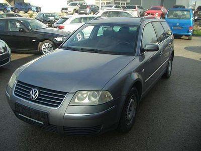 gebraucht VW Passat Variant Highline 1,9 TDI PD Kombi / Family Van