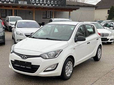gebraucht Hyundai i20 1,25 Life Go- ÖAMTC Pickerl Neu - 1.Besitz - K Limousine