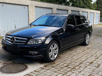 gebraucht Mercedes C220 C-KlasseT Avantgarde BlueEfficiency CDI Aut. **TOP-ZUSTAND** Kombi / Family Van