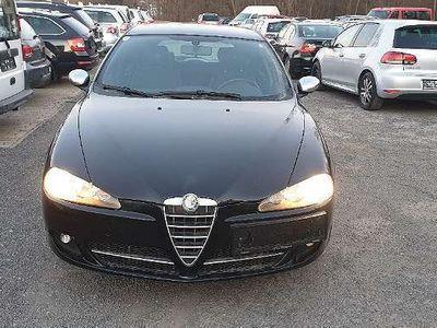 brugt Alfa Romeo 147 147 Alfa1,6 TI Klein-/ Kompaktwagen,