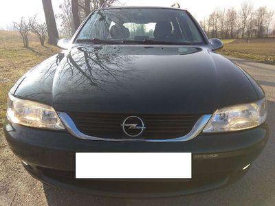 gebraucht Opel Vectra Caravan Edition 2000 1,6i Aut...VOLL FAHRBEREIT !!! GÜLTIGES PICKERL !!! Kombi / Family Van