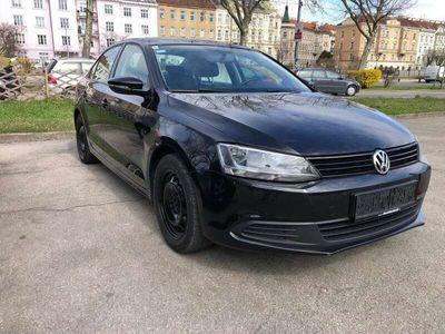 gebraucht VW Jetta Trendline 1,6 TDI BMT DPF