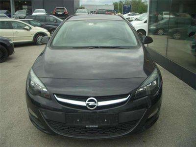 gebraucht Opel Astra ST 1,4 Ecotec Cool Kombi / Family Van,