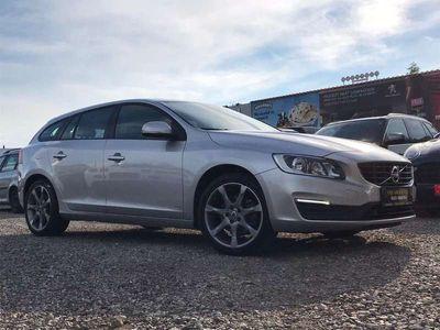 gebraucht Volvo V60 D3 Kinetic *Leder*Navi*Schieberdach*Finanzierung*