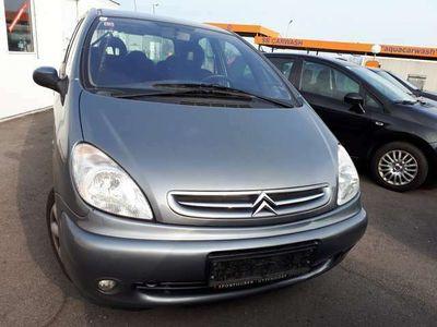 gebraucht Citroën Xsara Picasso 2,0 HDi Exclusive