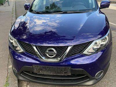 gebraucht Nissan Qashqai N-Connecta Automatik 130PS SUV / Geländewagen