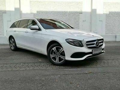 gebraucht Mercedes E220 E-KlasseT Austria Edition Avantgarde 4MATIC Aut. *AKTION* Kombi / Family Van