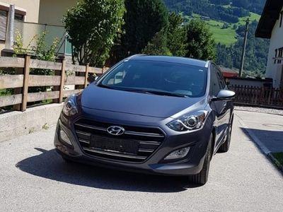 gebraucht Hyundai i30 CW 1,4 CVVT Start/Stopp Go