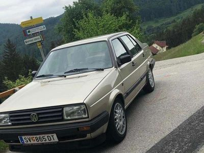 gebraucht VW Jetta 1.3L Benzin Limousine