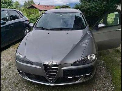 gebraucht Alfa Romeo 147 1,6 Benzin mit Pickel bis Decembrie Klein-/ Kompaktwagen