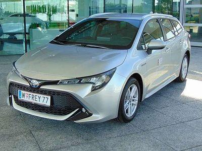gebraucht Toyota Corolla Kombi 1,8 Hybrid Active Kombi / Family Van,