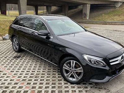 gebraucht Mercedes 220 C-KlasseT-Modell Avantgarde 4Matic Automatik Kombi / Family Van