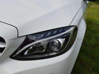 gebraucht Mercedes C180 C-Klassed T mit LED Scheinwerfer Kombi / Family Van,