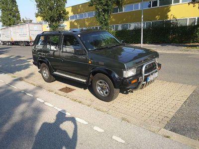 gebraucht Nissan Terrano 2.7 TD SUV / Geländewagen
