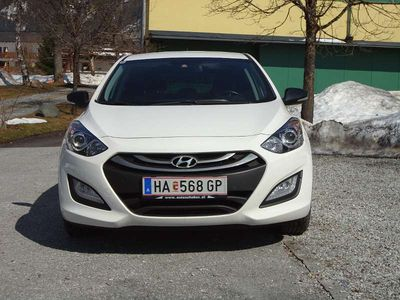 gebraucht Hyundai i30 1,4 CVVT Sondermodell GO! Limousine,