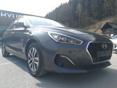 gebraucht Hyundai i30 1,4 T-GDi Level 4 DCT Aut., Level 4, 140 PS, 5 Türen, Automatik
