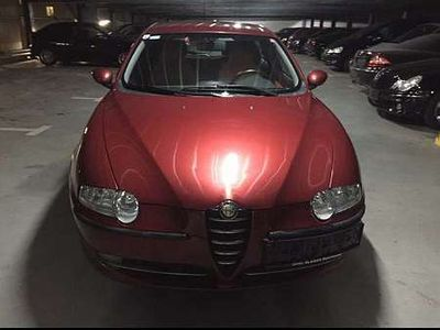 gebraucht Alfa Romeo 147 1.6 Limousine,