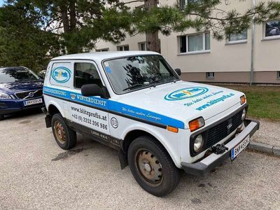 gebraucht Lada Taiga 4x4 Top Zustand SUV / Geländewagen