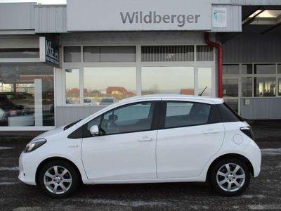gebraucht Toyota Yaris 1,5 VVT-i Hybrid Lounge !!! 0% 50:50 FIANZIEREN !!