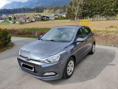 gebraucht Hyundai i20 1,1 CRDi Limited Plus Start/Stopp Automatik