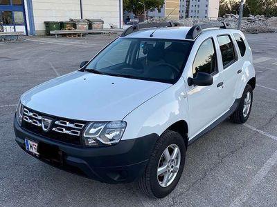 gebraucht Dacia Duster 8-fach bereift SUV / Geländewagen