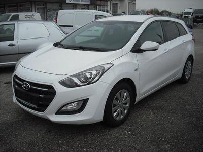 gebraucht Hyundai i30 CW 1,4 CRDi Kombi - GELEGENHEIT!