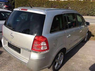 gebraucht Opel Zafira 1,7 CDTI Edition Plus DPF Kombi / Family Van
