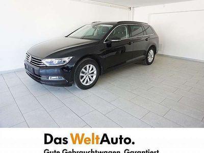 gebraucht VW Passat Variant Comfortline TDI SCR DSG Kombi / Family Van