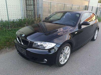 gebraucht BMW 118 1er-Reihe i M-Sportpacket ab Werk*1 BESITZ**17 ZOLL** Klein-/ Kompaktwagen