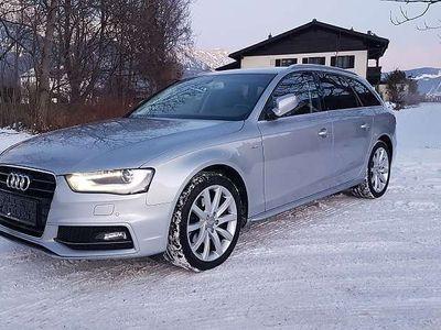 gebraucht Audi A4 Avant 2,0 TDI Aut. S-Line Bi-Xenon Navi Kombi / Family Van