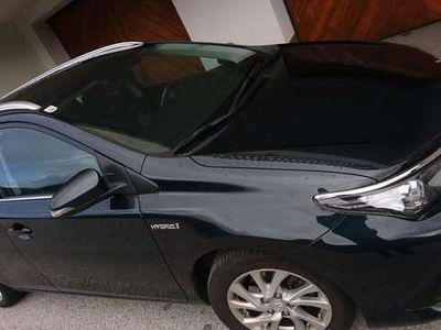 gebraucht Toyota Auris TS 1,8 VVT-i Hybrid Anhänger 8fach Bereifung