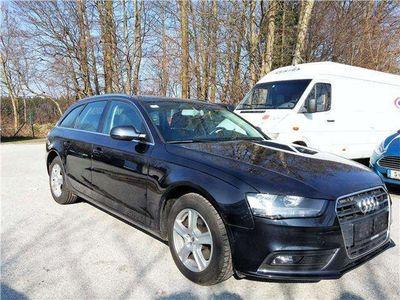 gebraucht Audi A4 Avant 2,0 TDI Ambiente mit Porsche Garantie Kombi / Family Van