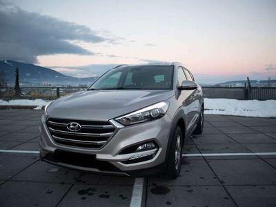 gebraucht Hyundai Tucson 1,6 GDI Start-Stopp Auto.. Premium