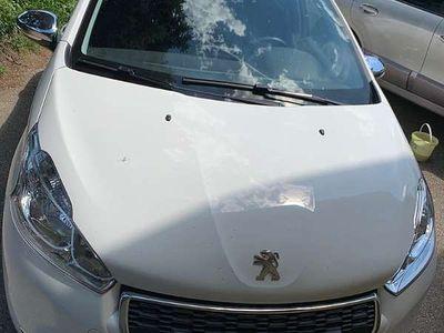 brugt Peugeot 208 Style Klein-/ Kompaktwagen,