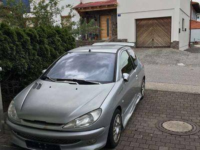 used Peugeot 206 Klein-/ Kompaktwagen,