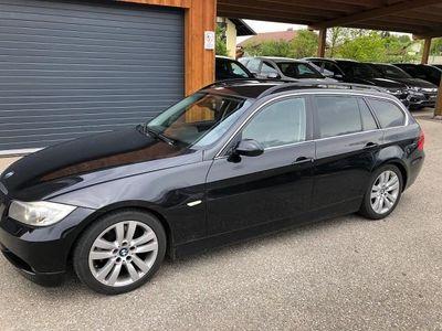 used BMW 325 i Touring Österreich-Paket Aut.